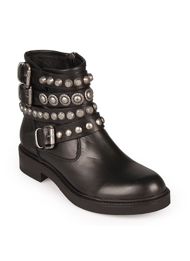 Ayakkabı-Matraş